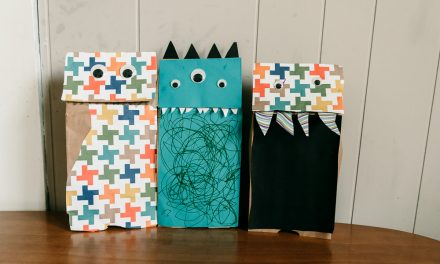 Monster Puppets | Easy Kids Craft